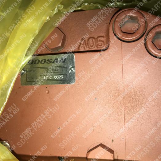 Гидромотор хода с редуктором DOOSAN DX300 170401-00048A/B 3